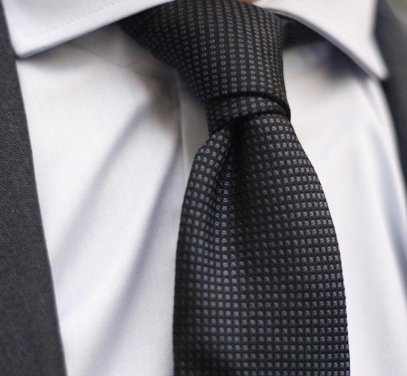 cravate-bleu-3